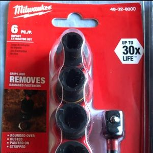 MILWAUKEE TOOLS IMPACT BOLT EXTRACTERS SET